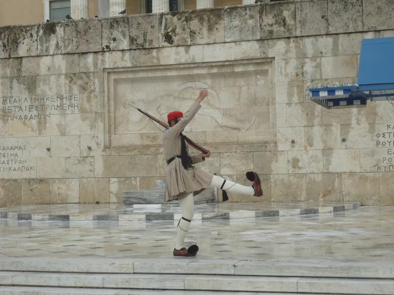 em Atenas