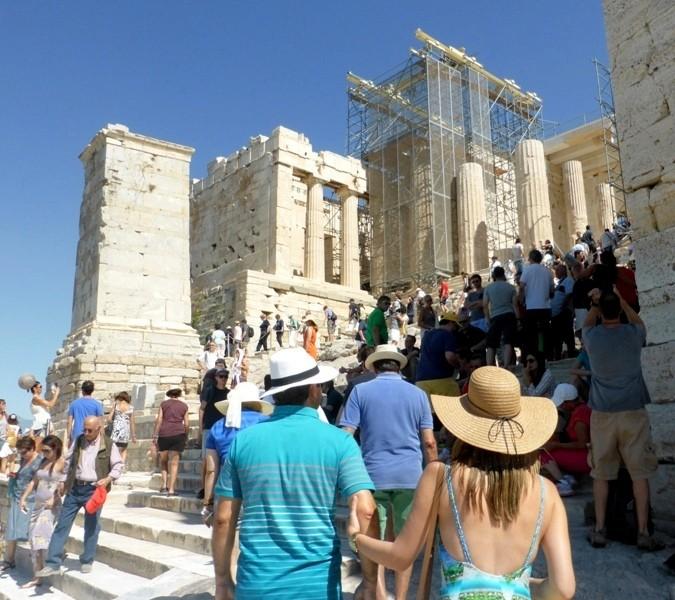 Saiba qual é a melhor época do ano para viajar para a Grécia
