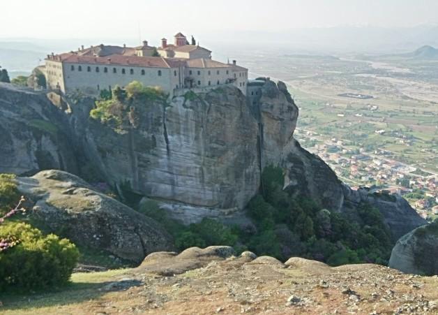 Mosteiro no topo das rochas de Meteora