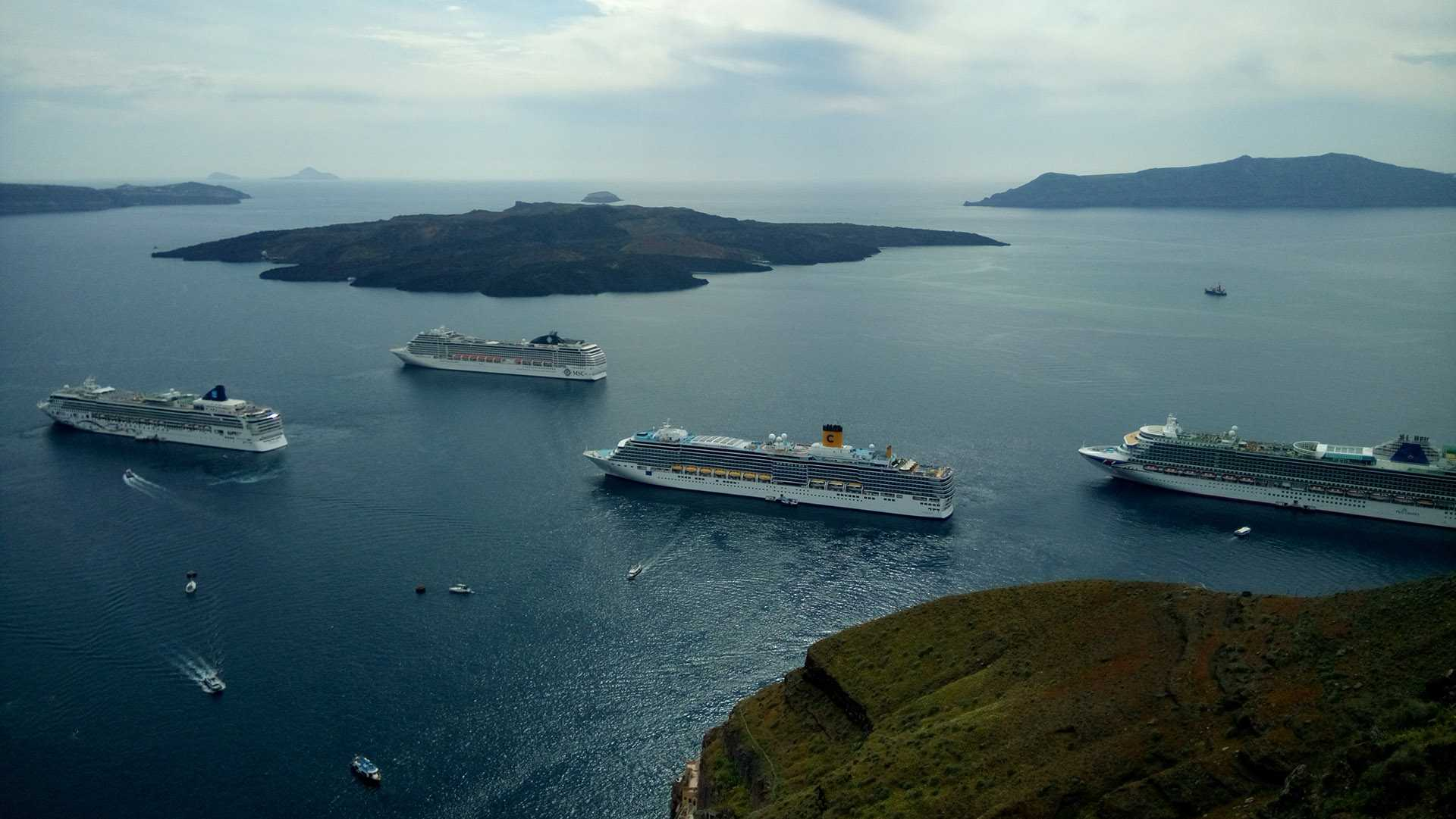 Tour da ilha de Santorini – 6 horas