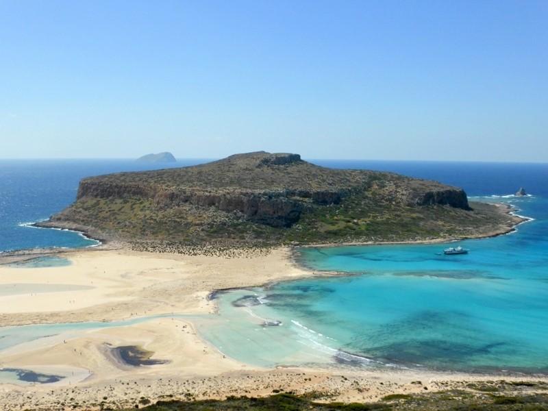 A praia de Balos praticamente deserta